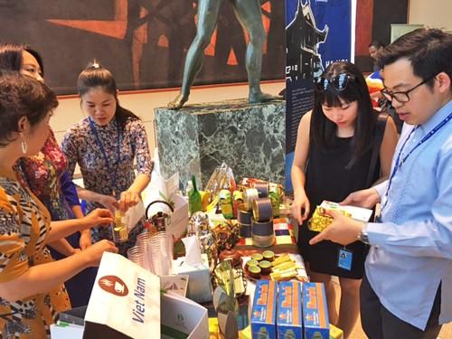 Вьетнам принимает участие в международном фестивале чая и кофе  - ảnh 1