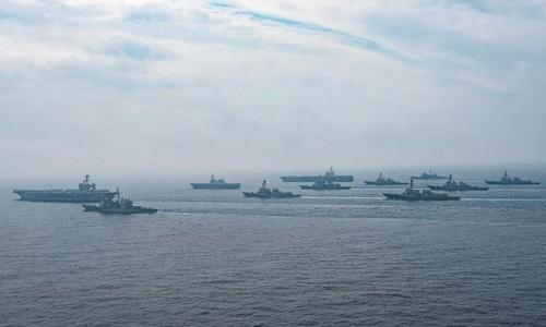 Япония и США проводят совместные военные учения в японском море - ảnh 1