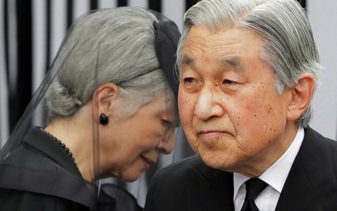 Парламент Японии одобрил законопроект, позволяющий императору Акихито отречься от престола - ảnh 1