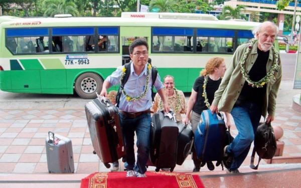 Дружба между профессором Чан Тхань Ваном и двумя лауреатами Нобелевской премии по физике 2017 года  - ảnh 1