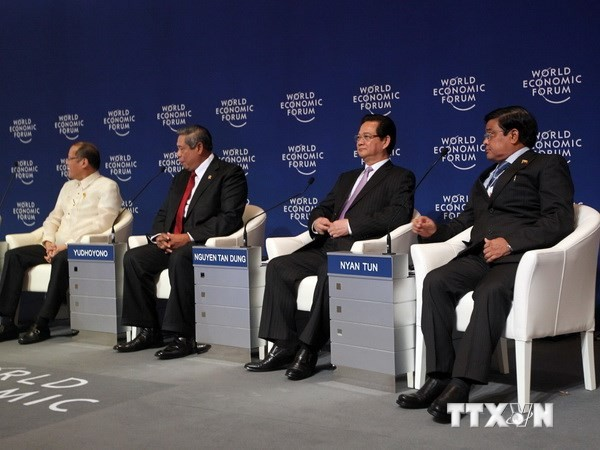 Press briefing on PM Nguyen Tan Dung's activities at  WEF 2014 - ảnh 1