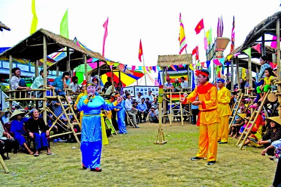 Young villagers preserve Bai choi folk singing - ảnh 1