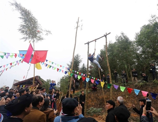 Spring festival honors ethnic culture - ảnh 2