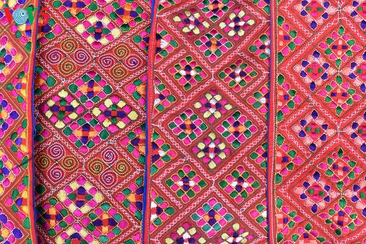 Mong textile patterns recognized as intangible cultural heritage - ảnh 3