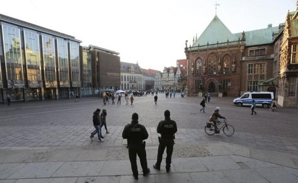 Police in Germany's Bremen tightens security against Islamic threats - ảnh 1