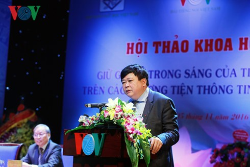 Seminar seeks to preserve Vietnamese language's nature on media - ảnh 1