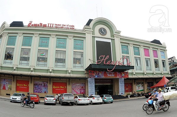 Foreigners experience Hanoi's life and culture - ảnh 1