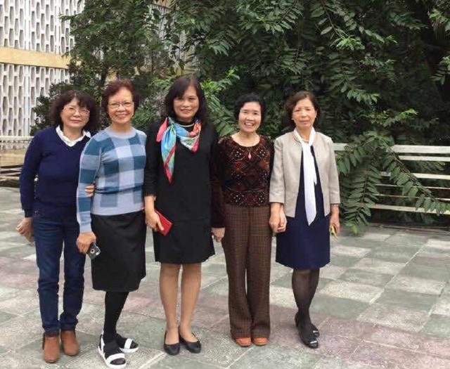 Devoted female scientists at Vietnam Academy of Science and Technology - ảnh 1