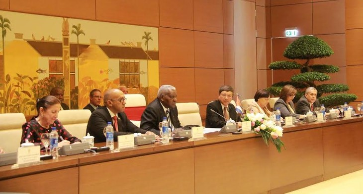 Vietnam, Cuba beef up legislative ties  - ảnh 1
