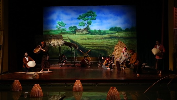 """The Soul of Vietnamese Village"" entices audience with folk music - ảnh 7"