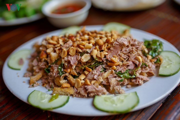 Must-try dishes in Hue - ảnh 12