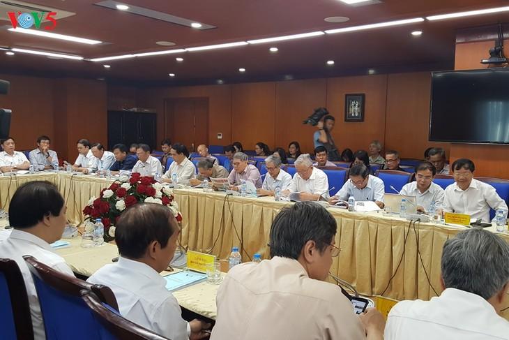 Efectúan seminario sobre el desarrollo de idiomas minoritarios en la onda de la Voz de Vietnam - ảnh 1