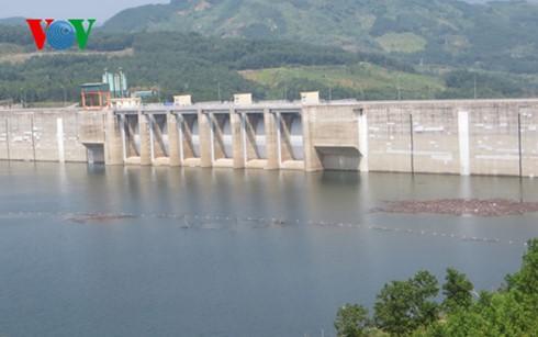 Parlamento vietnamita analiza proyecto de Ley de Irrigación - ảnh 1