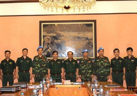 Vietnam envía más oficiales a operación de mantenimiento de la paz de la ONU - ảnh 1