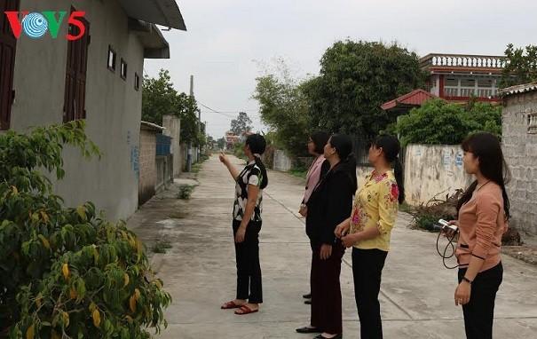 Tran Thi Hang, ardiente activista de la renovación rural en Hung Yen - ảnh 1