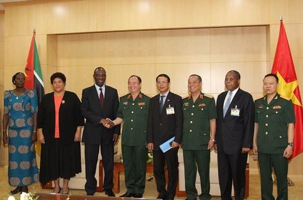 Mozambique desea cooperar con Vietnam en la respuesta a los desastres naturales - ảnh 1