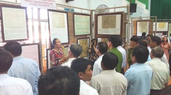 Abren exhibición sobre soberanía marítima de Vietnam  - ảnh 1