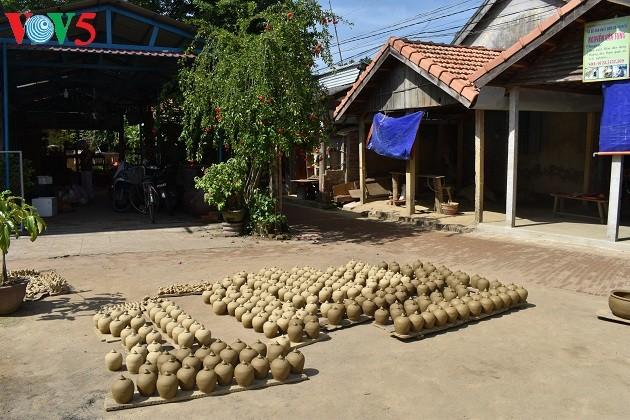 El pueblo antiguo de la cerámica de Thanh Ha - ảnh 4