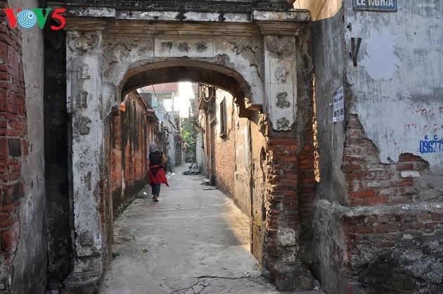La arquitectura franco-vietnamita de la antigua aldea de Cu Da  - ảnh 1