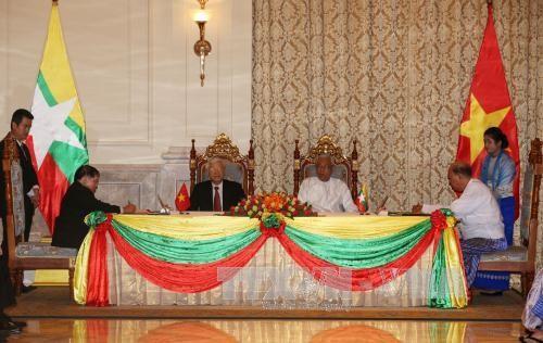 Vietnam y Myanmar emiten la Declaración Conjunta - ảnh 1