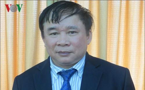 Celebran en Hanoi un coloquio temático sobre la elaboración de las leyes - ảnh 1