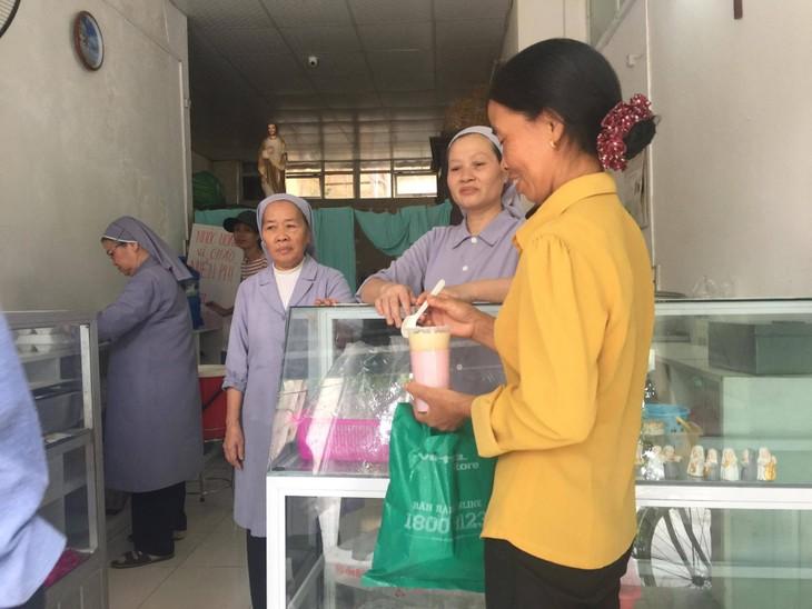 Comidas caritativas en Hanói - ảnh 2