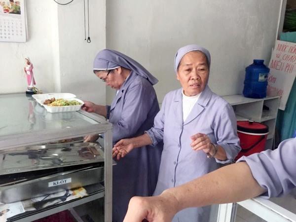Comidas caritativas en Hanói - ảnh 1