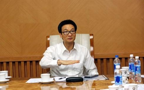 Dirigente vietnamita urge a concretar las regulaciones sobre la reestructuración turística - ảnh 1