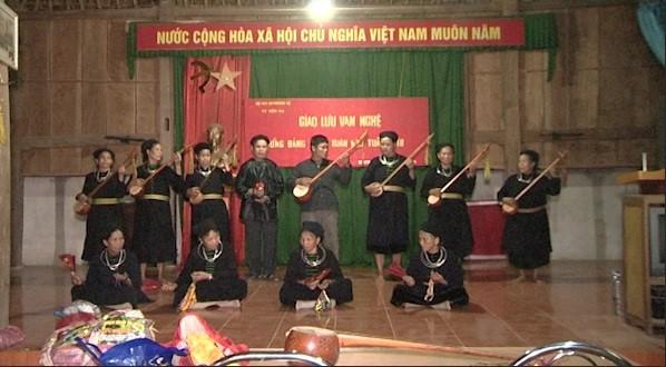 Nguyen Thai Hoc, artista del canto Then  - ảnh 1