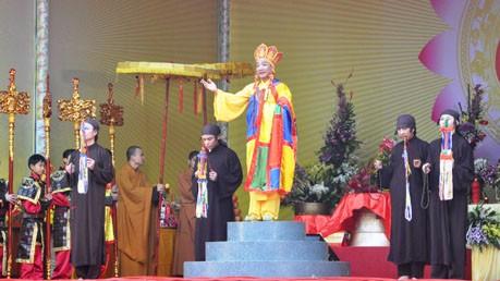 Das Yen Tu-Fest läutet das Jahr des Drachens ein - ảnh 1