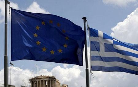 Griechenland wird Finanzlücke von 325 Millionen Euro im Sparpaket schließen - ảnh 1