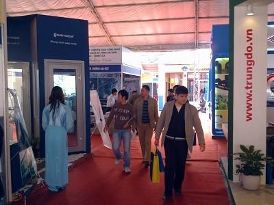 Fast 500 Unternehmen präsentieren sich auf internationaler Ausstellung Vietbuild - ảnh 1