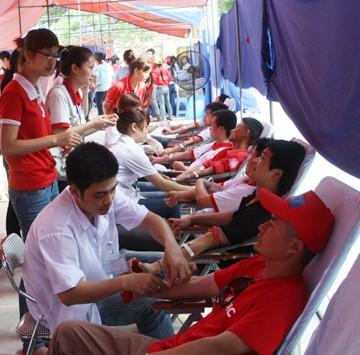 Der internationale Tag des Roten Kreuzes und Roten Halbmonds - ảnh 1