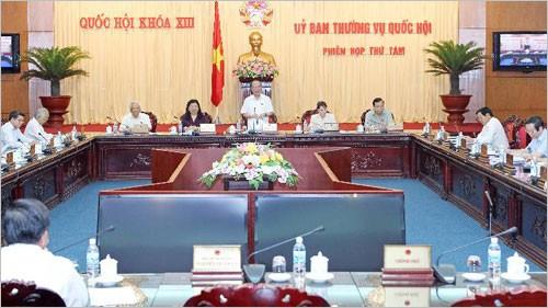 Der ständige Parlamentsausschuss tagt in Hanoi - ảnh 1