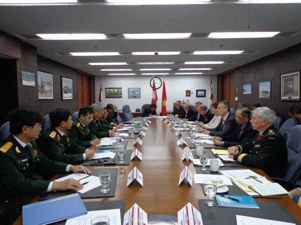 Vietnam und Kanada verstärken Zusammenarbeit in Verteidigung - ảnh 1