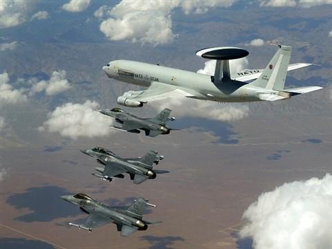 Nato führt größtes strategisches Manöver durch - ảnh 1