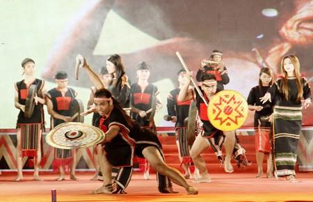 Entfaltung der Kulturwerte der Minderheitsvölker in Tay Nguyen - ảnh 1