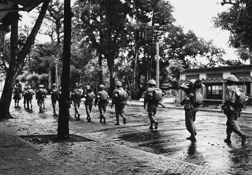 """""""Hanoi am Befreiungstag"""" im Augen der Zeitzeugen - ảnh 4"""