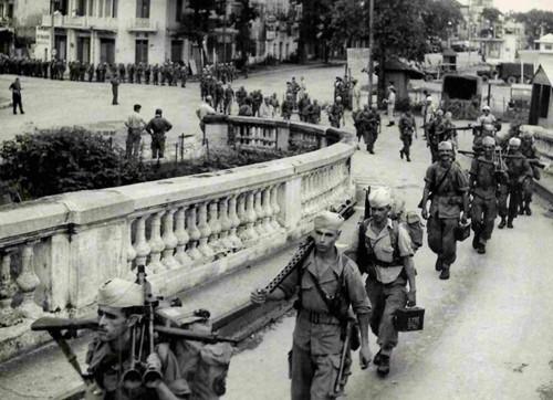 """""""Hanoi am Befreiungstag"""" im Augen der Zeitzeugen - ảnh 7"""