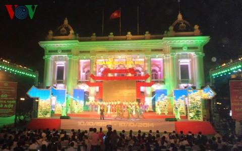 Zahlreiche Veranstaltungen zum Befreiungstag der Hauptstadt - ảnh 1