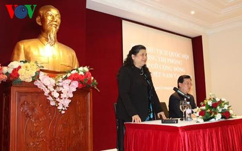 Vizeparlamentspräsidentin Tong Thi Phong würdigt Beiträge der Auslandsvietnamesen in Frankreich - ảnh 1