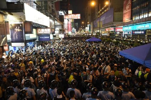 Hongkong: erneute Zusammenstöße im Viertel Mong Kok - ảnh 1