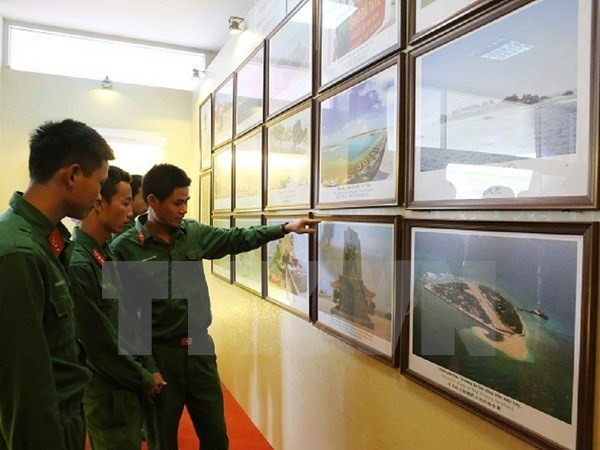 Ausstellung über die Insel- und Meereshoheit Vietnams - ảnh 1