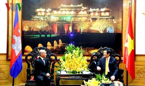 Kambodschas König: Vietnam ist ein großer Freund des kambodschanischen Volkes - ảnh 1