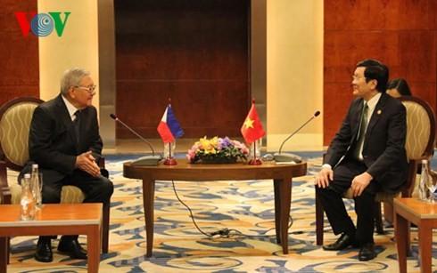 Staatspräsident Truong Tan Sang trifft den philippinischen Parlamentspräsidenten Feliciano J. Belmon - ảnh 1