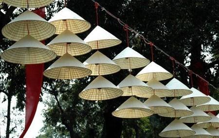 Schönheit der Strohhüte des Dorfes Chuong - ảnh 1
