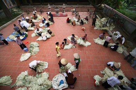 Schönheit der Strohhüte des Dorfes Chuong - ảnh 2