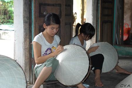 Schönheit der Strohhüte des Dorfes Chuong - ảnh 7