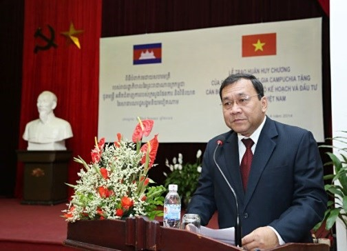 KPV-Generalsekretär Nguyen Phu Trong trifft den kambodschanischen Botschafter - ảnh 1