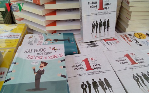 "Buchmesse in Hanoi 2016 ""Familienverbindung"" - ảnh 1"